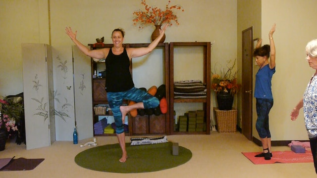 (1 Hr) Aloha Gentle Yoga Therapy for the Legs and Hips with Justine Shelton