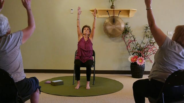 (1 Hr) Lively Chair Yoga Class with T...