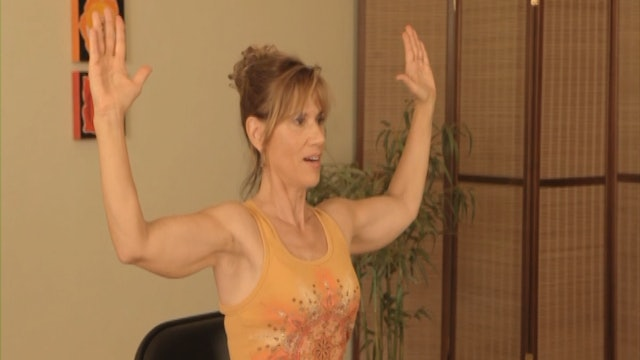 (15-Min) Sequences to Stretch and Reach with Sherry Zak Morris