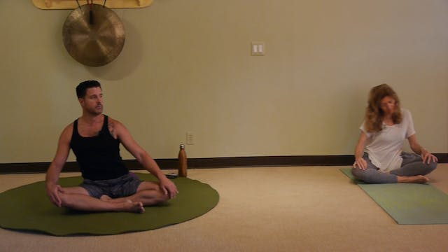(1 Hr) Gentle Somatic Yoga Class Spic...