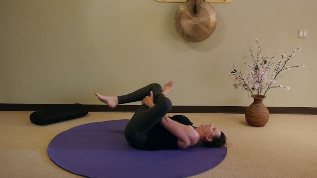 Stretching for Sciatica Relief with Reverse Pigeon - Justine Shelton