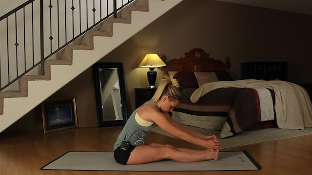 Kim's Bedtime Yoga: Evening Stretch