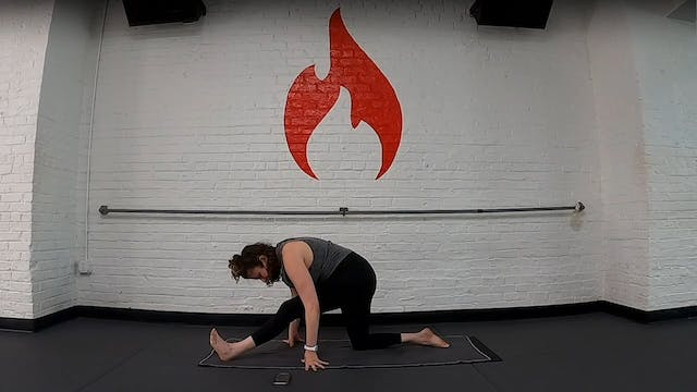 Nikki 20 Minute Core Flow, Halfmoon S...