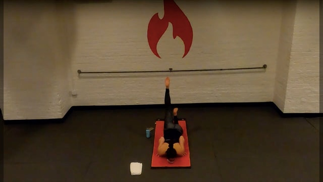 Ariel Chin Stand - Tues 12/8