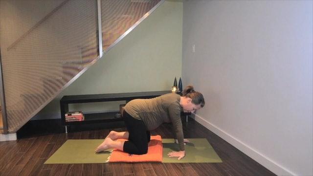Prenatal Yoga Wrist Support 9 min