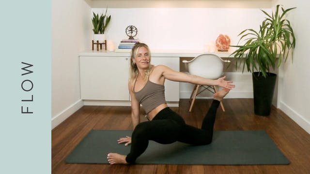 Fluid Juicy Flow Yoga (30 min) - with...