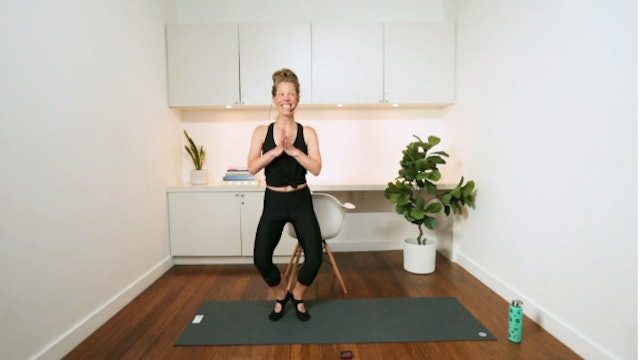 Barre Hip & Thigh Toner (13 min) - with Chrissy Chequer
