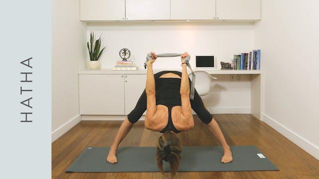 Hatha Yoga: Happy Hatha Sequence (20 ...