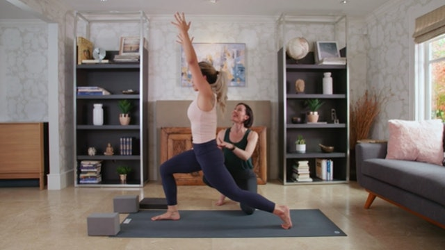 Hatha Yoga (30 min) — with Rachel Scott [WITH MUSIC]