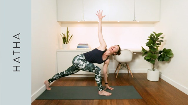 Apartment Hatha Yoga for Small Spaces (20 mins) — with Rachel Scott