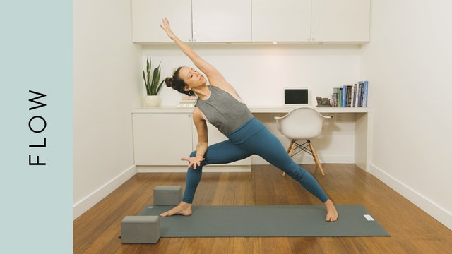 Flow Yoga: Sweet Hip Opening Flow (15 min) — with Mari Dickey