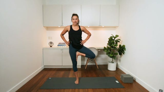 Strong & Grounded Hatha (45 min) - wi...