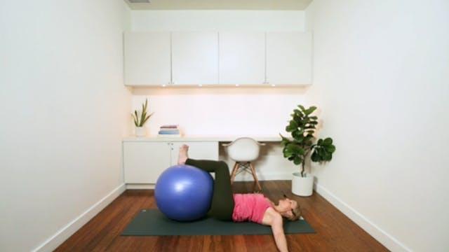 Exercise Ball Express Workout (16 min...