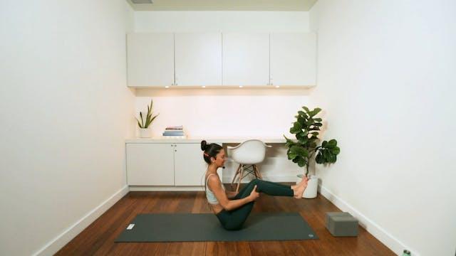Blissful Yoga Flow (30 min) - with Al...