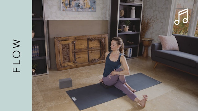 Flow Yoga (40 min) — with Jayme Burke [WITH MUSIC]