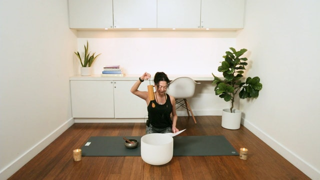 Daily Motivation: Meditation for Self Love (7 min) - with Hillary Keegan