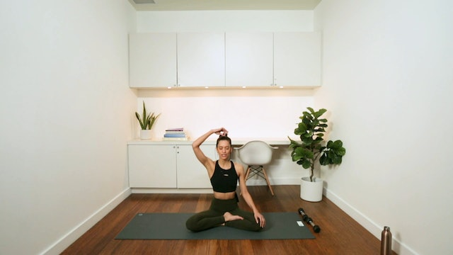 Power Sculpt Yoga with Weights (30 min) - with Alia Mai