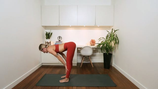 Power Yoga: Deep Strength, Slow Trans...