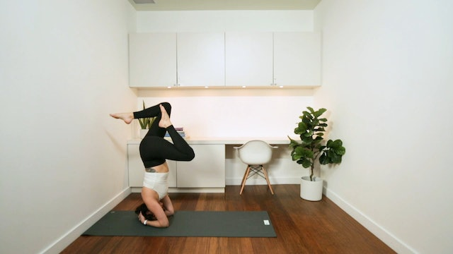 Wall Inversion Prep: Head Stand (15 min) - with Vanessa Bourget