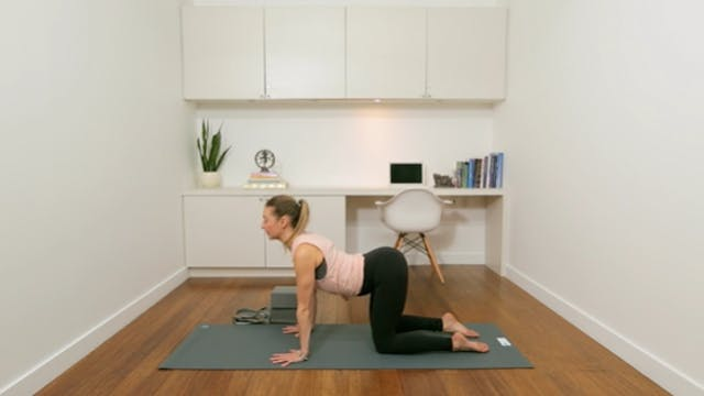 Hatha Yoga: Morning Practice for Begi...