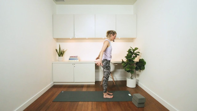 Flowing Hatha (30 min) - with Jayme Burke