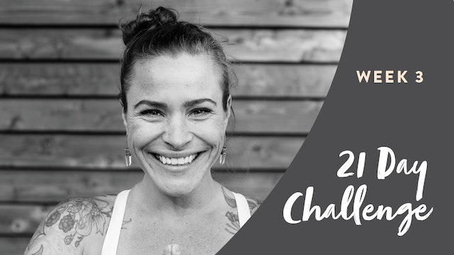 Live Stream Power Yoga (60 min) 21 Day Challenge Finale — with Crystal Borelli