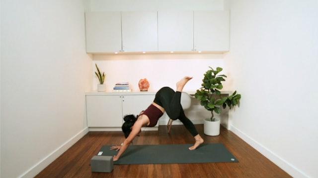 Morning Yoga Pick-Me-Up (20 min) - with Katrina Chan