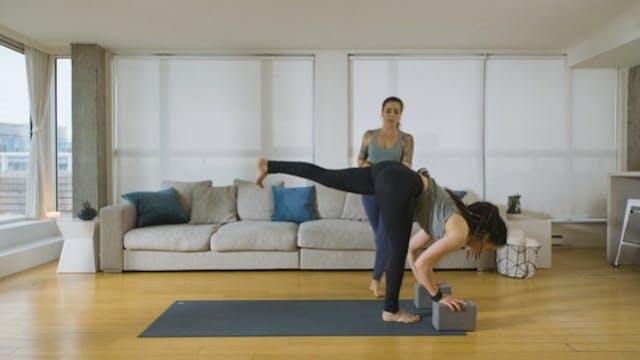 Power Yoga: with Mantra (10 min) — wi...