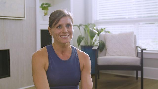 Live Stream Floor Pilates (60 min) - with Hana Weinwurm