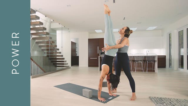 Power Yoga: Upside Down Power Inversi...