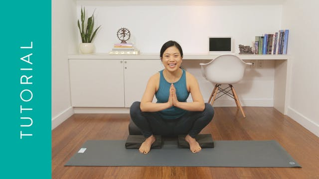 Tutorial: How Malasana Can Help You Pre-Natal (5 min) — with Quynh Mi
