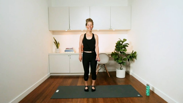 Total Body & Core Workout (30 min) - with Chrissy Chequer