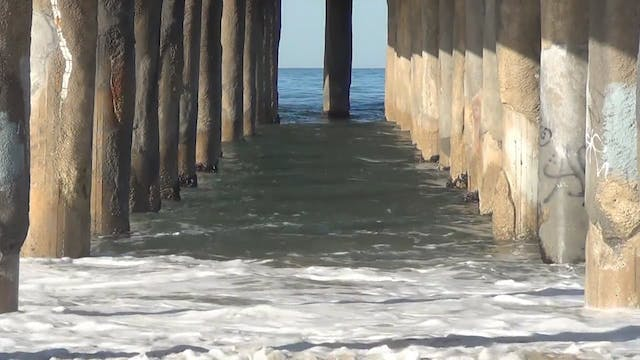 ZoneOutTV - Lazy Sunday Under The Pier