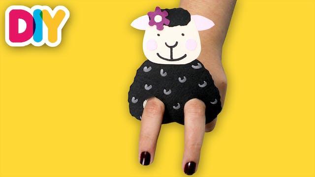 Baa Baa Black Sheep | Finger Puppet C...