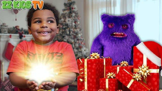 Cute Monster Goes Christmas Shopping ...