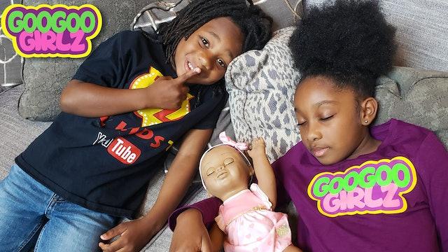 Goo Goo Girl Can't Sleep! (Learn to Be Considerate with Pretend Play Skit)
